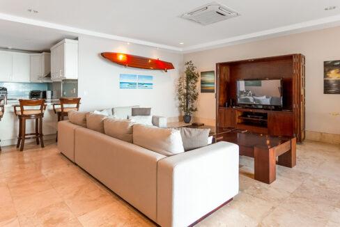 cs501-livingroomtv-langosta