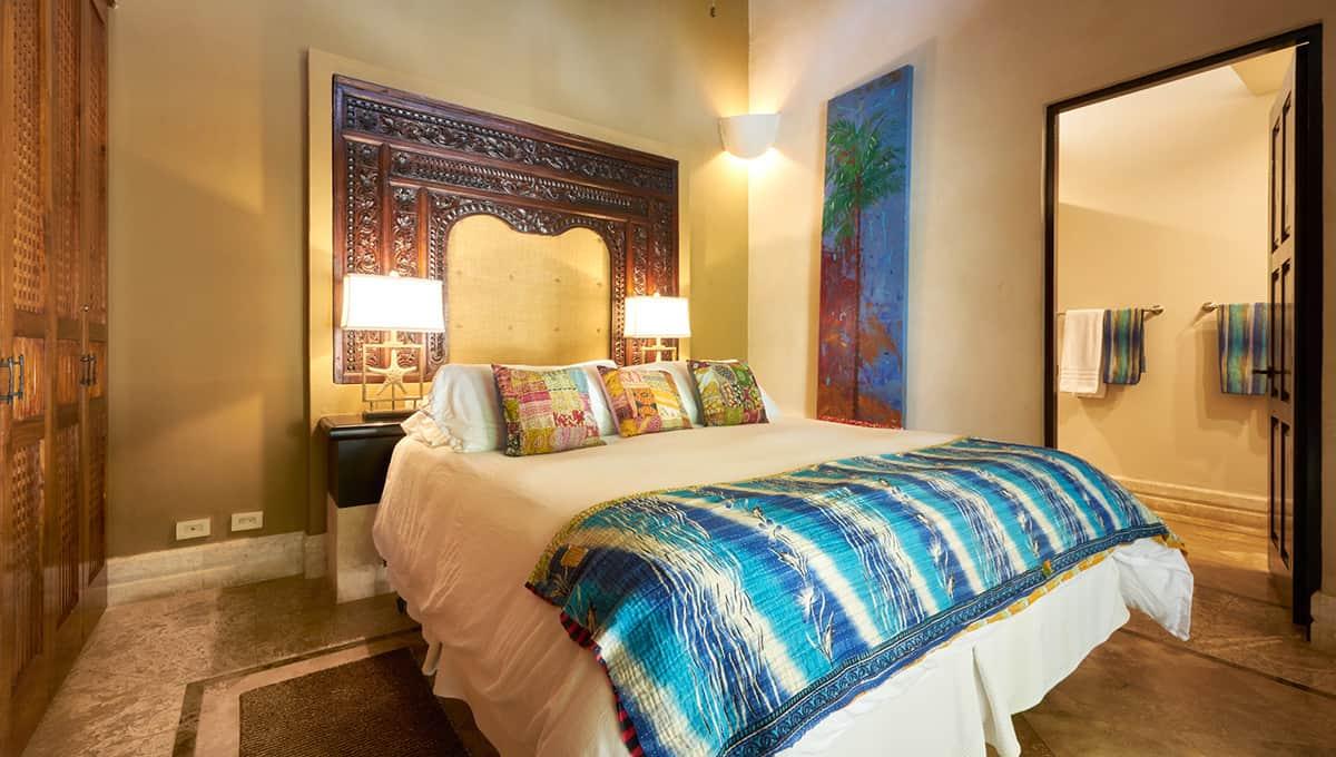 casaroca-kingbedroom-langosta