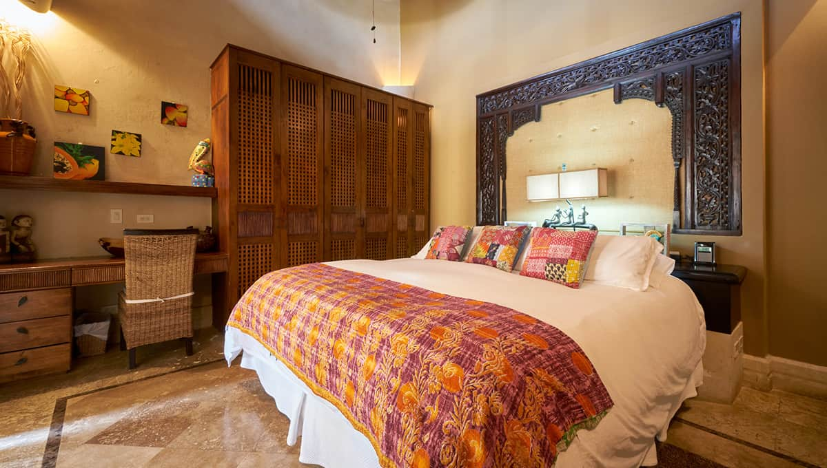 casaroca-kingbedroom2-langosta