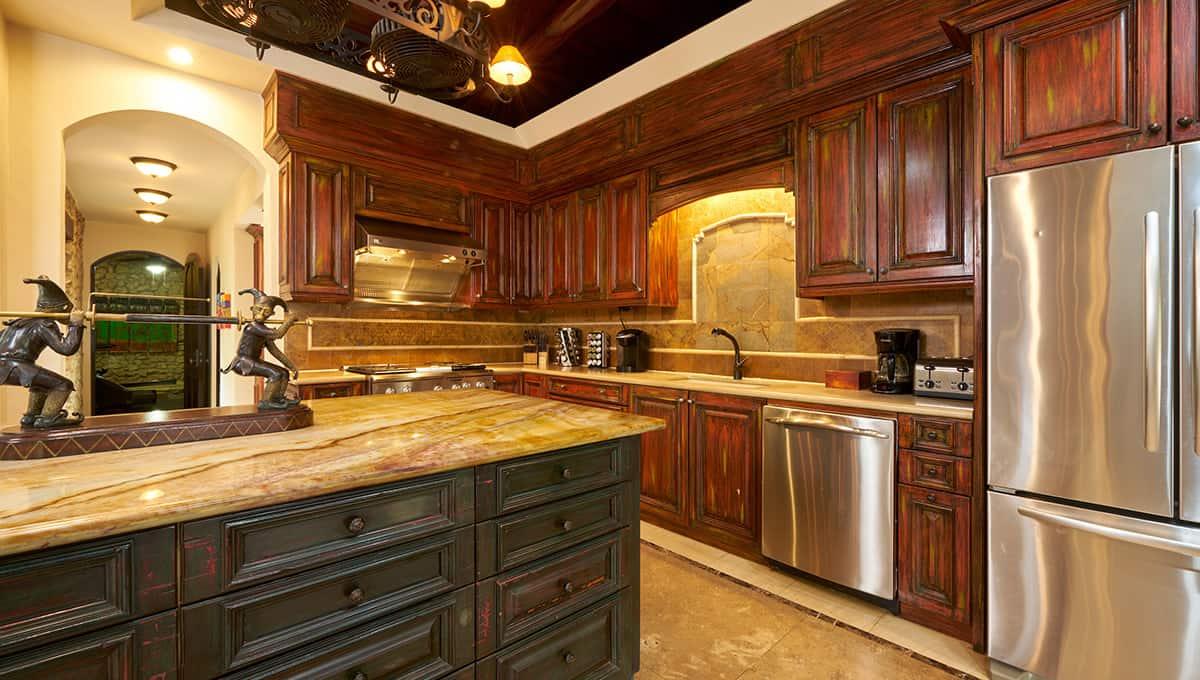casaroca-kitchen-langosta