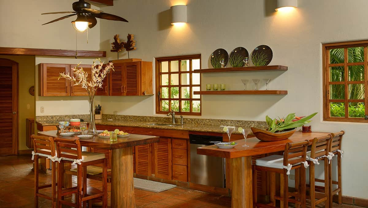 monomalo-kitchen-langosta