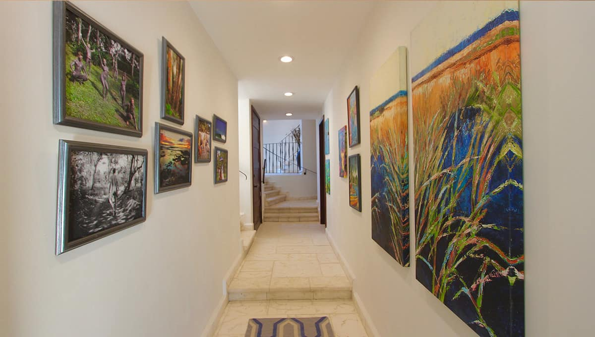 carolinadelmar-hallway-langosta
