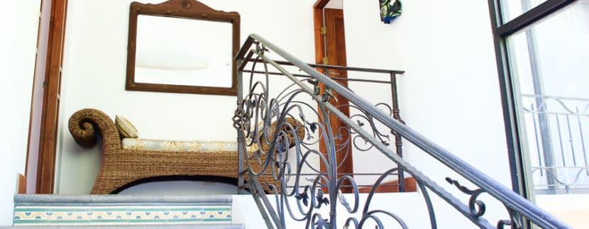 4-bedroom-stairs