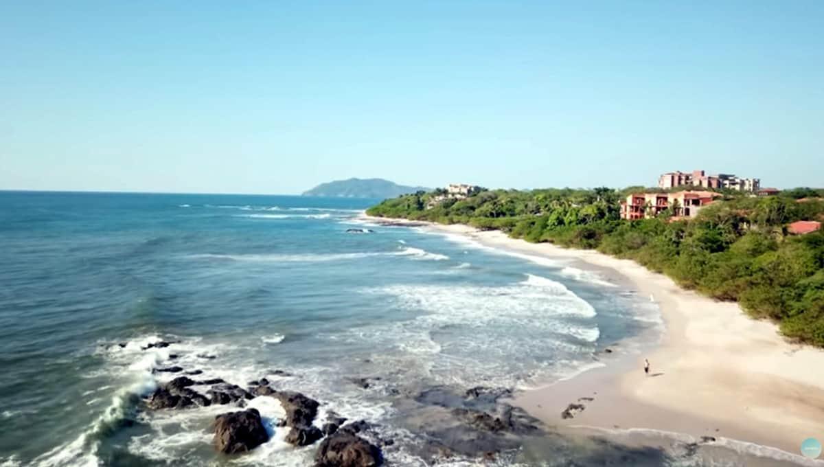 Horizontes104-beach-langosta
