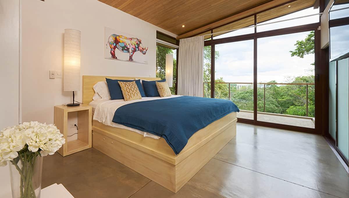 unomas-masterbedroomview-tamarindo