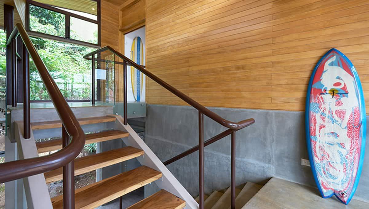 unomas-staircase-tamarindo