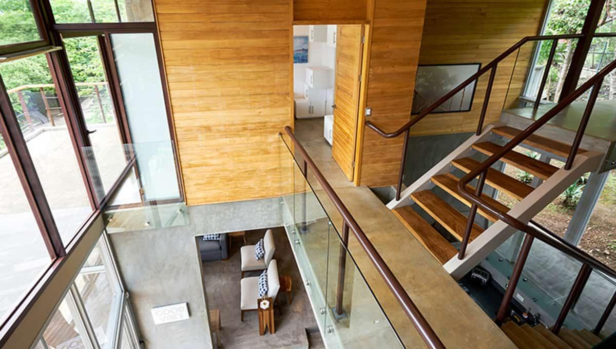 unomas-staircasemasterliving-tamarindo