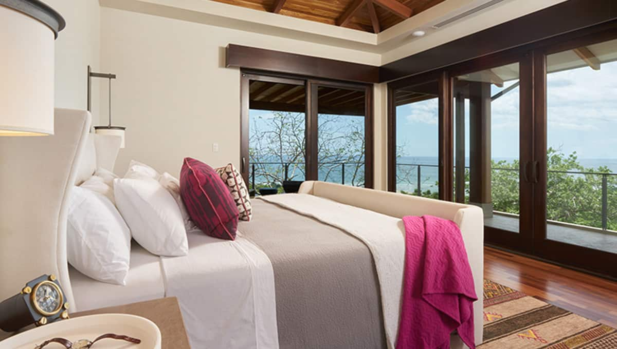 casalucy-masterbedroom2-tamarindo