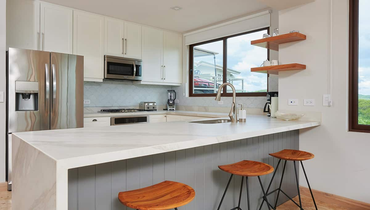 enclave46-kitchenbarstools-tamarindo