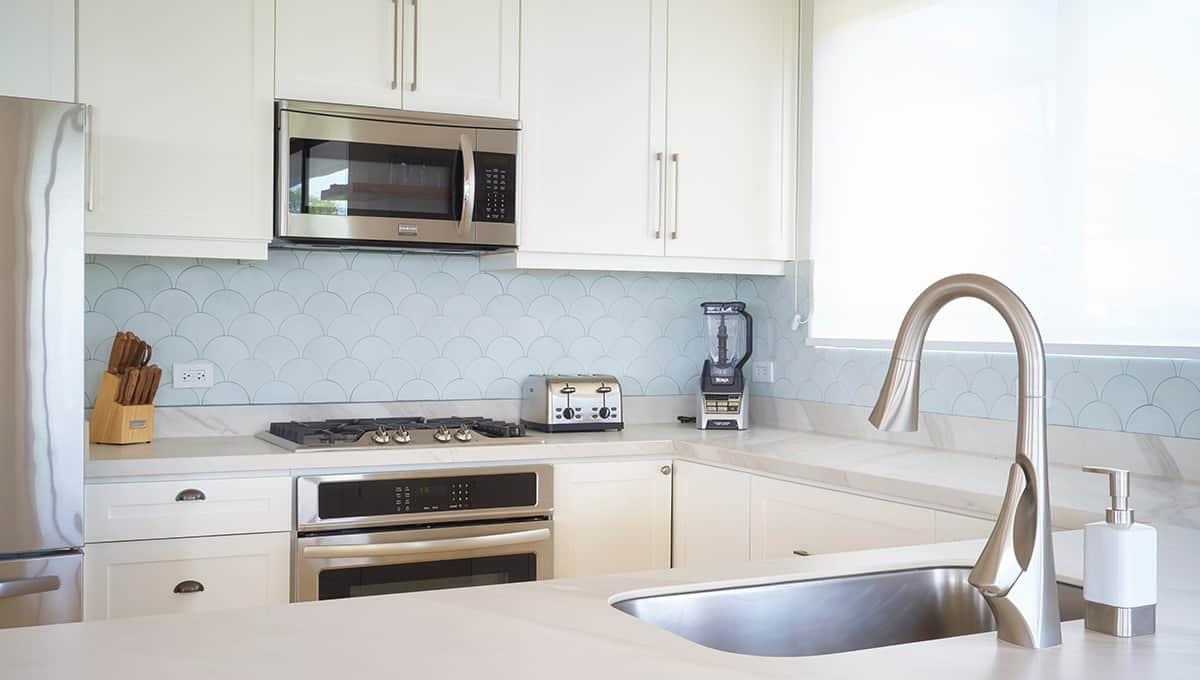 enclave46-kitchensinkstove-tamarindo