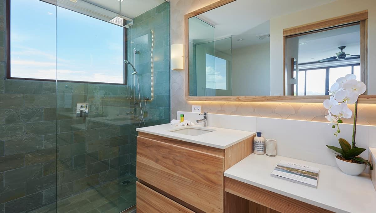 enclave49-bathroomshower-tamarindo