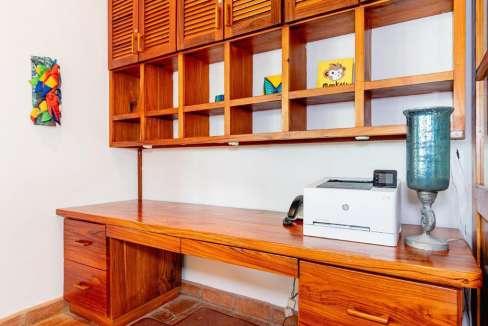 monomalo-desk-langosta