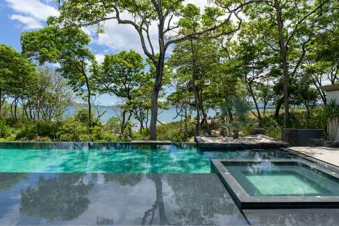 Perla-poolfullview-tamarindo
