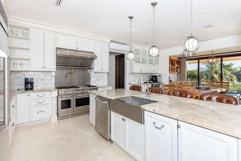 vidamar-kitchendiningroom-pinilla