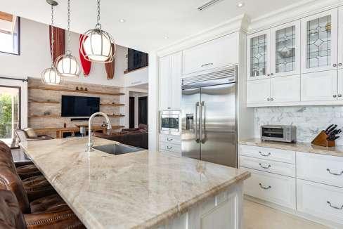 vidamar-kitchenlivingroom-pinilla