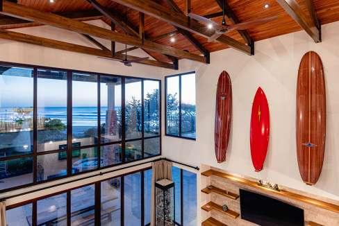 vidamar-livingroomsurfboards-pinilla