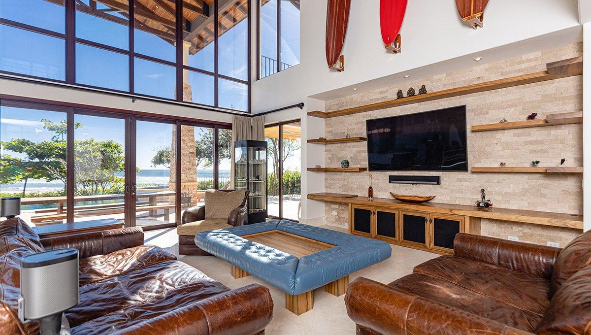 vidamar-livingroomtvview-pinilla
